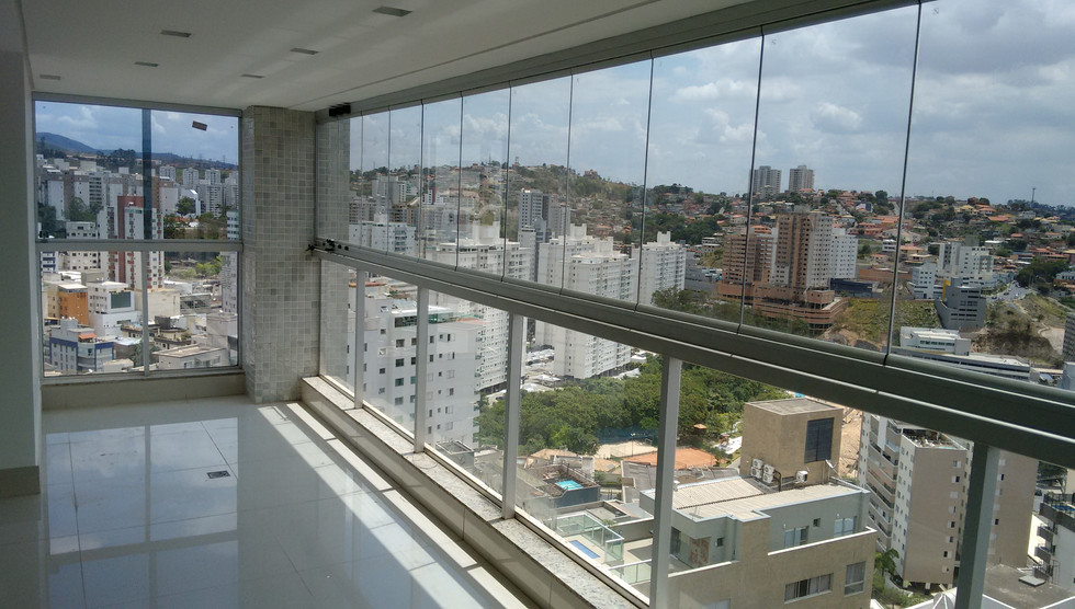 fechamento de vidro para varanda.jpg