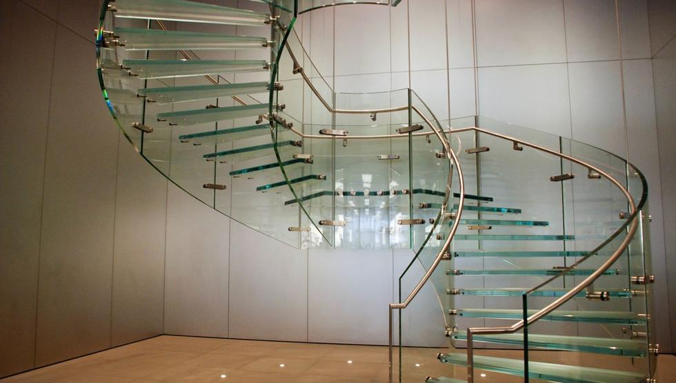 escada de vidro.jpg