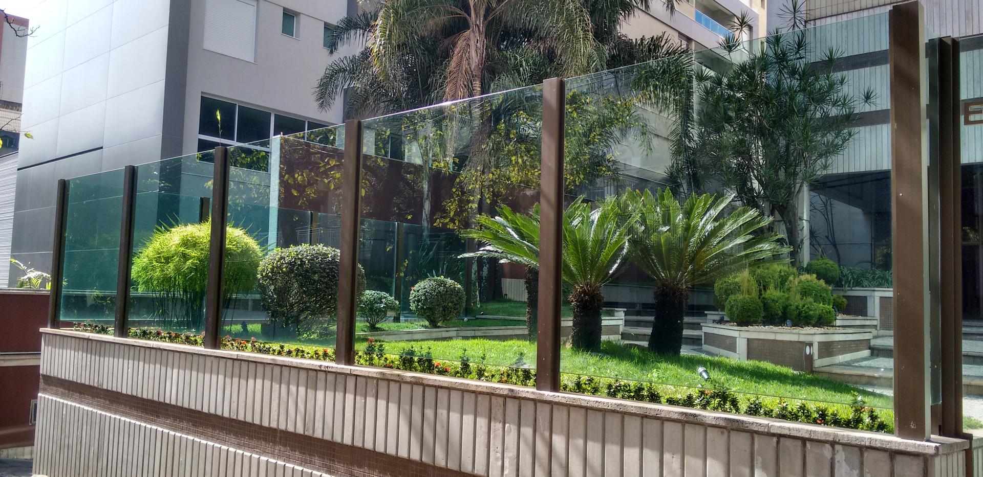 muro de vidro pra casa.jpg