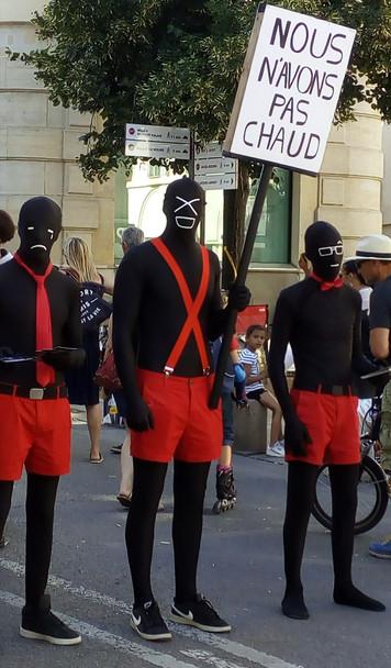 Ceux qui n'ont pas chaud au Festival d'Avignon...