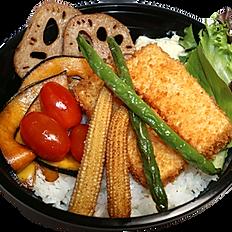 • • VEGAN KATSU DON  • • ビーガンカツ丼