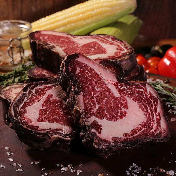 dry-aged-steaks-at-AD-Butcher-&-Steak.jp