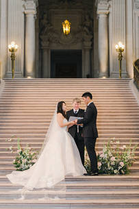 San Francico city hall wedding Blooming Wed 27