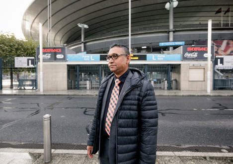 'J'ai le courage' -- A Muslim security guard's tale of stopping ISIS
