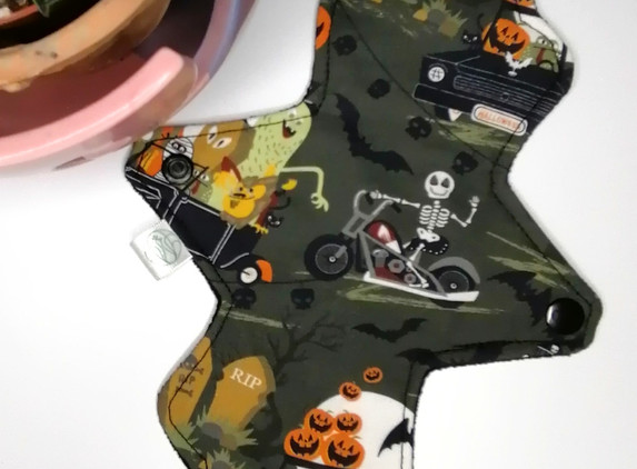 cloth-sanitary-pad-liner-halloween-cup-cakes