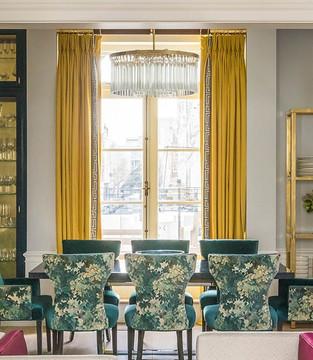 Curtains - Pat Giddens Ltd Interior Design - Barlow and Barlow Photographer - J Bond Photography