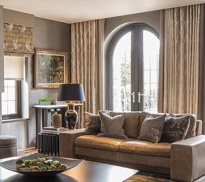 Blind, Curtains & Cushions - Pat Giddens Ltd Interior Design - Roselind Wilson Design Photographer - Richard Waite