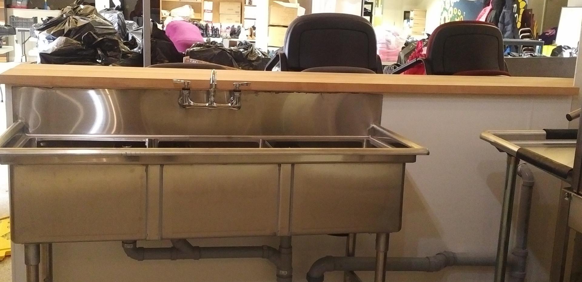 3-Pot Sink.jpg