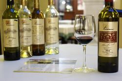 4 bottle wine display