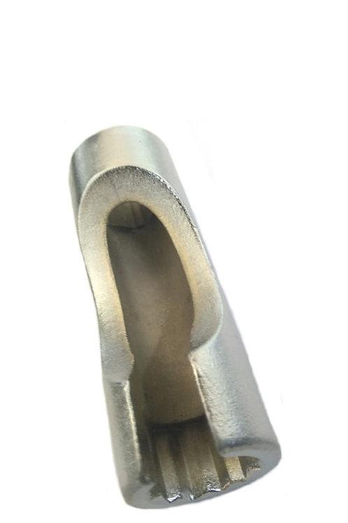 1008 - Chave 17mm estriada p/ cano do bico injetor.