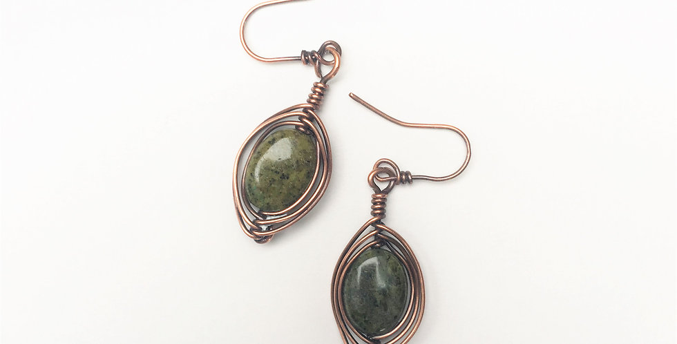 Herringbone Weave & Green Forest Jasper