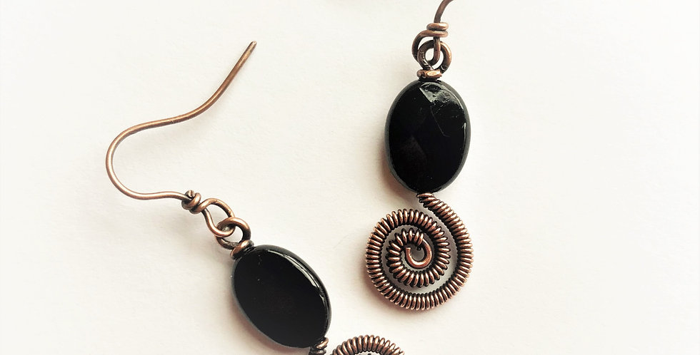 Coiled Spiral under Faceted Black Onyx Bead