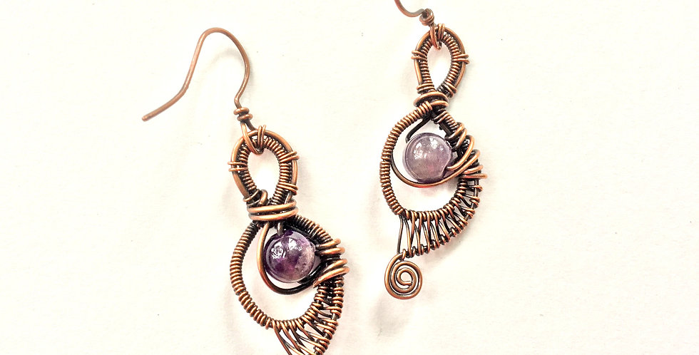 Amethyst in Double-looped Frame