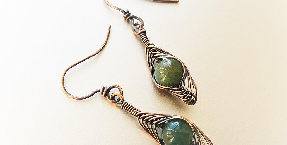 Green Agate Beads in Herringbone Weave