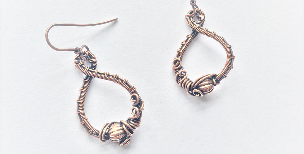 Ridged Copper Bead in Loop