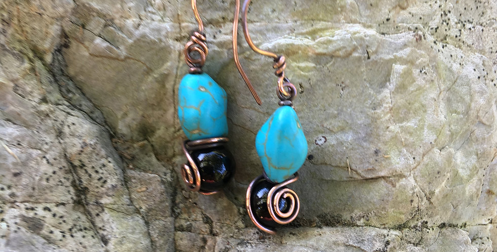 Turquoise Chips & Black Beads