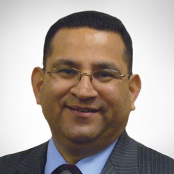 Pastor Luis Parada