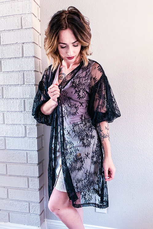 Geneies Lacey kimono