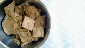 Crackers vegan (avec possibilité sans gluten), avec 4 ingrédients!