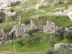 По Геенне Огненной через Поле Крови до Сионской горы