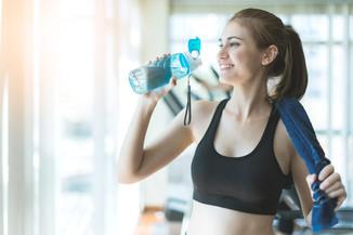 正確喝水助減肥