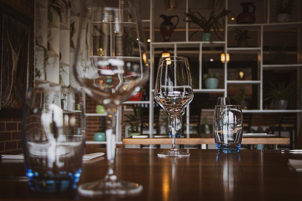 HERO_Restaurant_Large-2.jpg