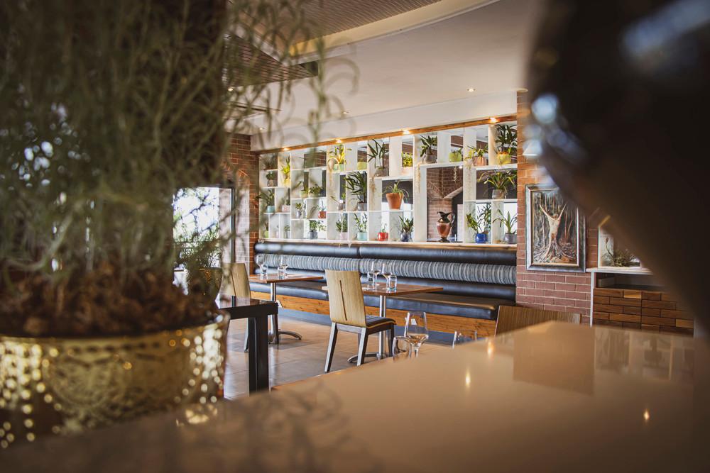 HERO_Restaurant_BeFrank_06.jpg