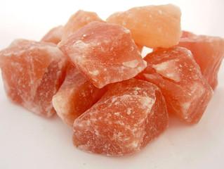Гималайская красная (розовая) соль.