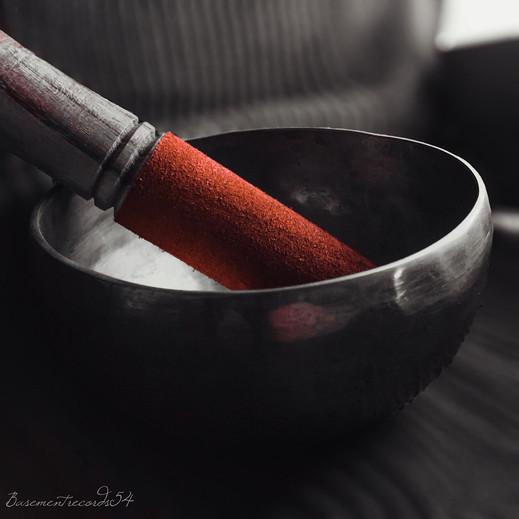 singing-bowl-2045930_1920.jpg