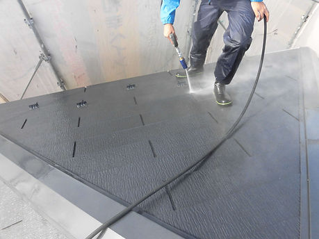 屋根高圧洗浄.jpg