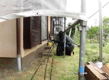鴻巣市N様邸 高圧洗浄の様子です。