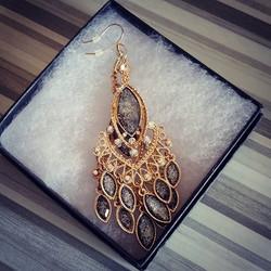 Jewelry always make a great gift! #valen