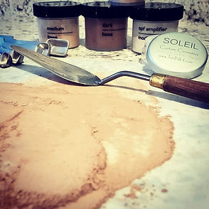 Custom Mineral Powder in the making at Soleil Bronze tanning spa & boutique