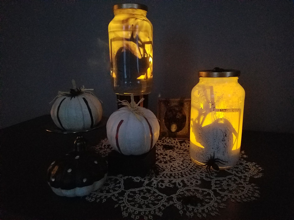 Trapped Spider Luminaries (Free Cut Files, and PDF Printable) - Grey's Posy