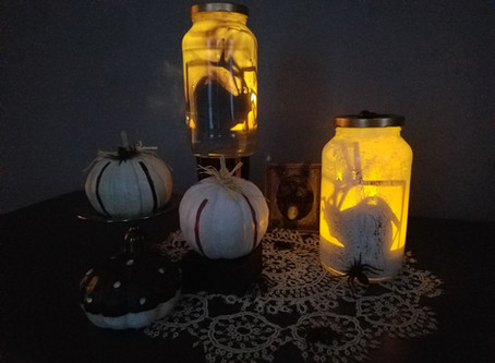 Trapped Spider Luminaries (Free Cut Files, and PDF Printable)