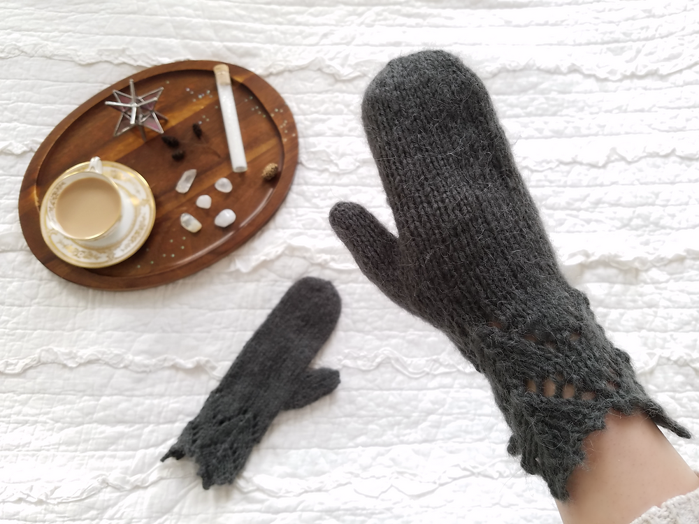 Apricity Lace Mittens | Grey's Posy