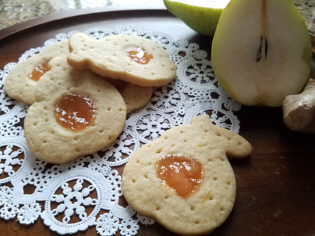 Ginger Pear Shortbread Cookies