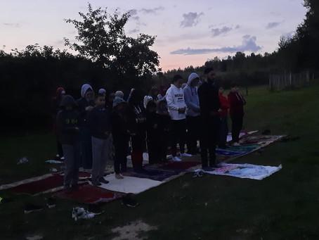 Намаз в лагере