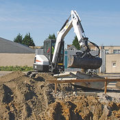 E50-Bobcat-Excavator-compact-excavator-4