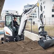 E27z-bobcat-compact-excavator-with-bucke