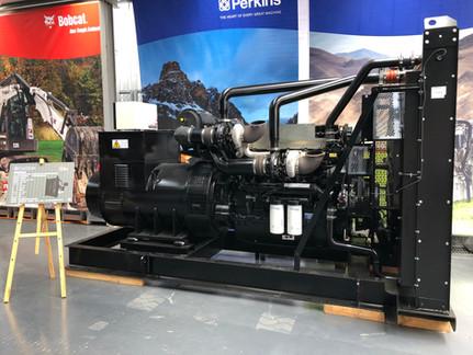 Perkins 新款發電機用環保引擎發表會