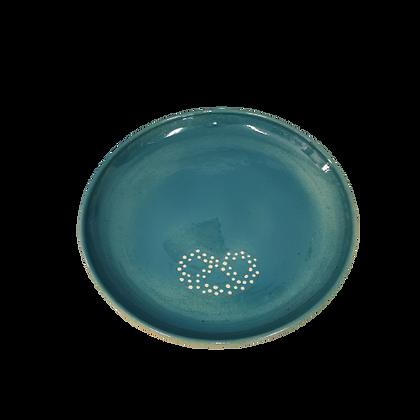 """Grande Assiette bleu clair décor """"brezel"""""""
