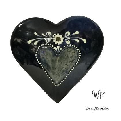 Cœur Bombé bleu marine décor coeur.