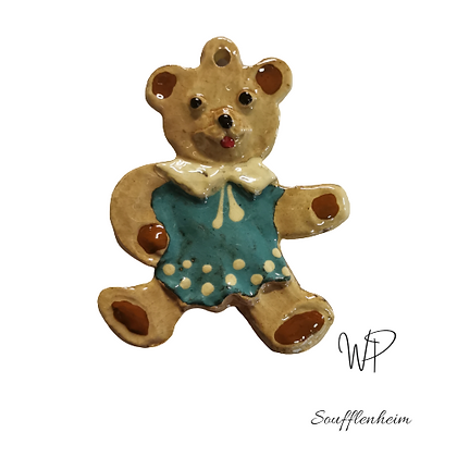 Ours avec robe bleu ciel .