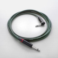 "The Reveal Instrument Cable ""Straight To Right"" - 10ft"