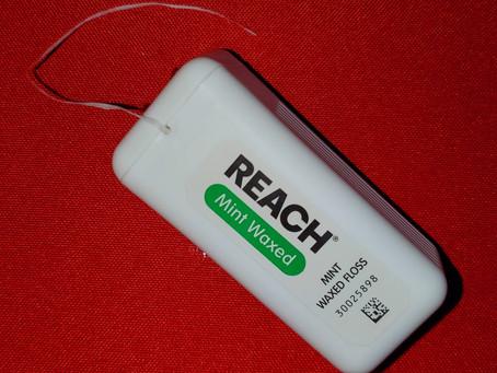 Reach Mint Waxed Floss Review! My favorite dental floss.