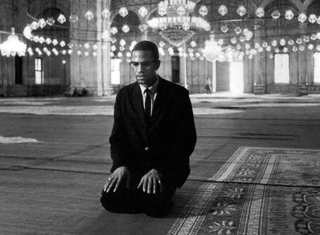 Hajj: An Embodiment of Unity in Islam