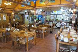 the-family-restaurant-dining-room