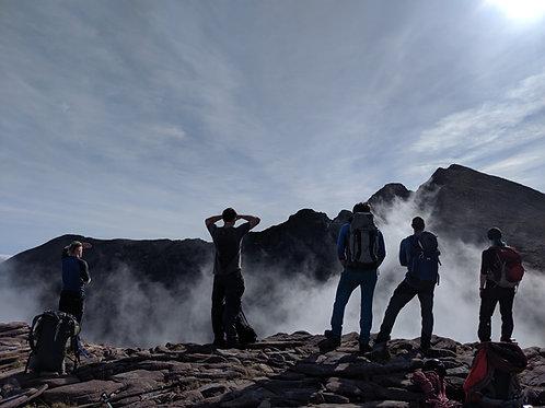 An Teallach (Corrag Bhuidhe) Traverse
