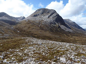 Long Stroll slab and overlooking rib on Ruadh stac Beag